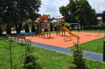 Nowy plac zabaw w Mędrzechowie