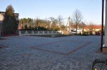 Remont Placu przy ZSP w Woli Mędrzechowskie