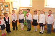 Obchody Święta Niepodległości - przedszkole w Grądach