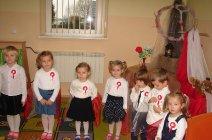 Przedszkolaki z Grądów uczcili Święto Niepodległości -11