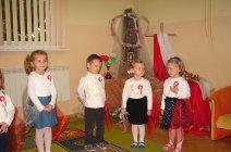 Przedszkolaki z Grądów uczcili Święto Niepodległości -15